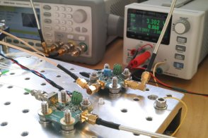Amplitude and frequency modulation of a DFB laser