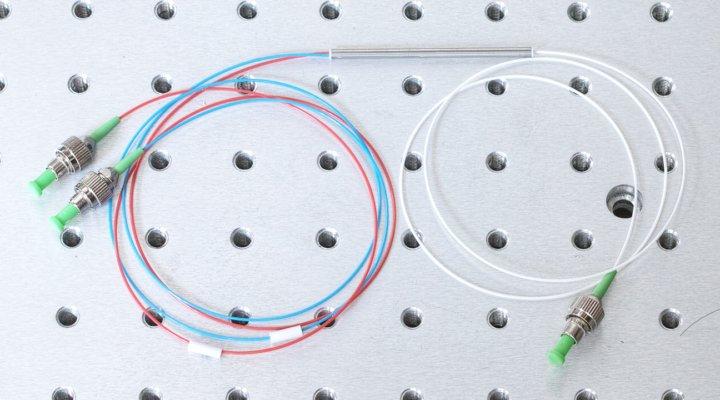 1x2 Fiber optic coupler