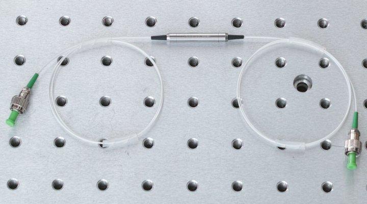 Fiber optic isolator